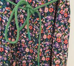 Cvetna haljina sa učkurom