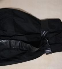 Mala crna top haljina, pumparica