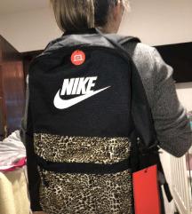 ORIGINAL Ranac Nike NOVO POSLEDNJI KOMAD