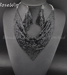 Nov crni set ogrlica i mindjuse