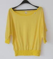 Žuta majica sa šišmiš rukavima