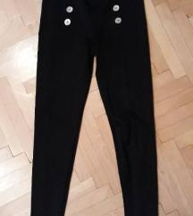 Crne pantalone/helanke