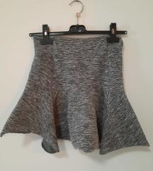 nova suknja stradivarius xs i s