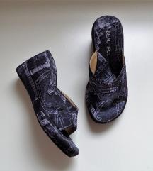 Papuce 38 (24.5cm) Novo