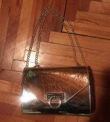 Srebrna torbica NOVA