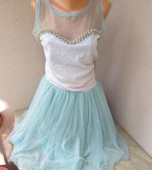 Svecana haljina sa tilom i biserima univerzalna
