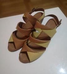 *SNIŽENO* Nove kožne sandale