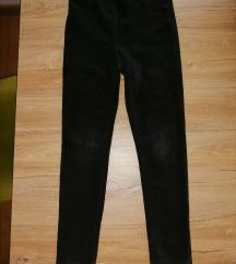 Crne pantalone od somota