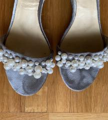 Zara sandale sa malom petom