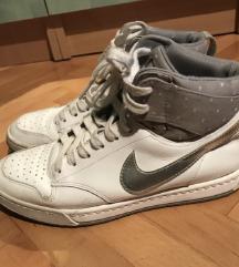 Nike patike
