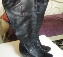 Crne kozne cizme