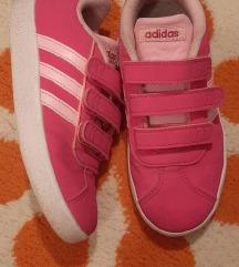 Kozne Adidas patike. Br. 31, ug. 19 cm