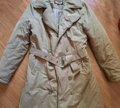Zimska jakna (može i za prelazni period) POVOLJNO