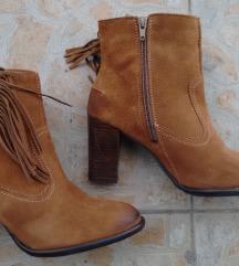 Kozne cipele sa resama