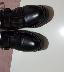 Nove kozne italijanske cipele br 37