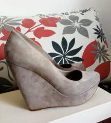 Stradivarius cipele na punu petu