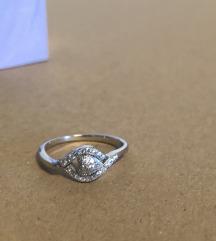 Srebrni prsten, srce sa cirkonima