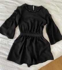 Nov Zara crni kombinezon
