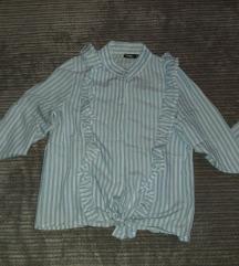 Belo-plava košulja