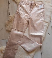 Nove zlatne pantalone aktuelni model s