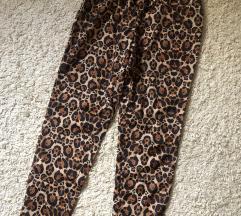 Animal print pantalone letnje