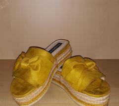 Žute papuče