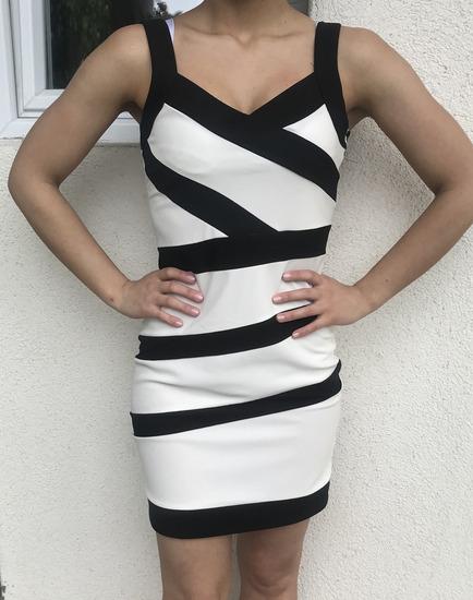 Crno bela haljina S