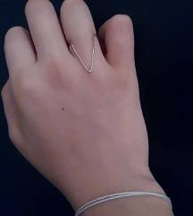Jednostavan basic srebrni trougao prsten