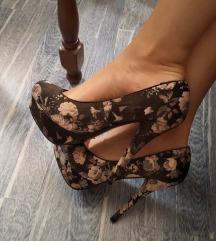 Cvetne cipele, SNIŽENO NA 500