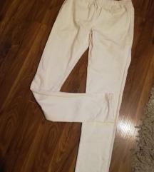 Pieces nove pantalone sa etiketom
