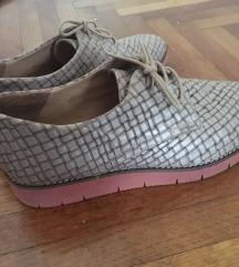 Cipele br 40