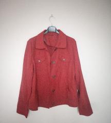Nova crvena jakna, nenosena