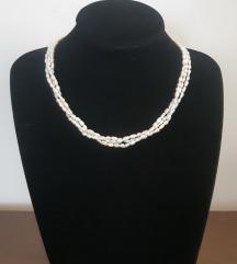 Prirodni recni biseri troredna ogrlica 26.7 gr