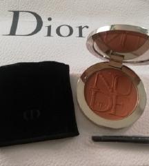 Dior Nude AIR tan powder 004