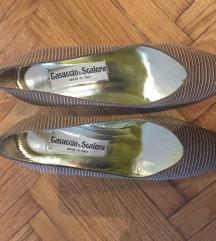 Nove italijanske cipele 39 SNIZENO 2000!