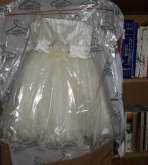 Svecana haljina za  5 god.
