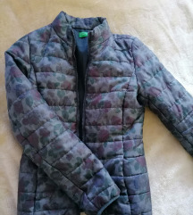 Jesenja benetton jaknica