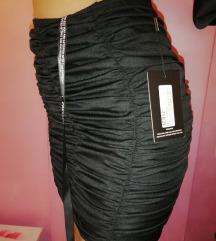 Nova Pretty Little Thing crna suknja SNIZENO