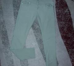 Svetlozelene elastične pantalonice vel. M
