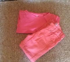 Azuro pantalone i HM majica 98