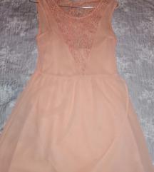 Boja breskve haljina