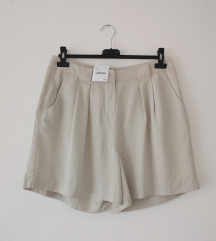 YESSICA C&A nude baggy shorts NOVO