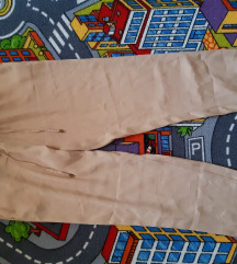 Stradivarius pantalone 38