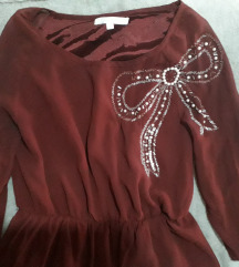 Prelepa bordo haljina