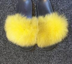 Prirodno krzno-papuce
