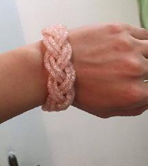 Romanticna roze narukvica