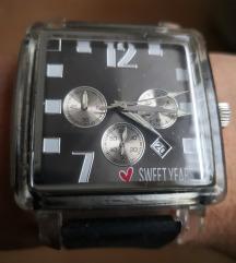 Sweet Years sat