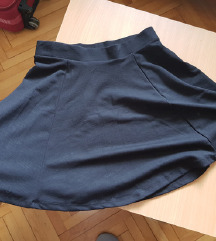 Predivna crna suknja