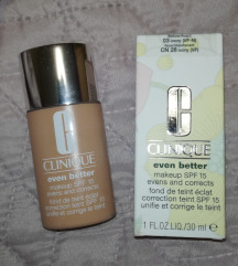 Clinique even better makeup tecni puder spf