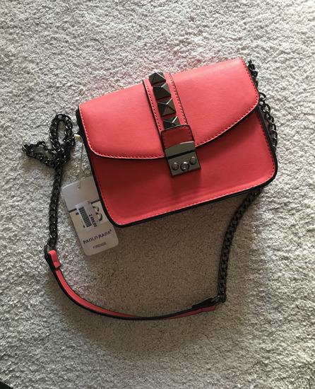 Nova italijanska torbica sa etiketom